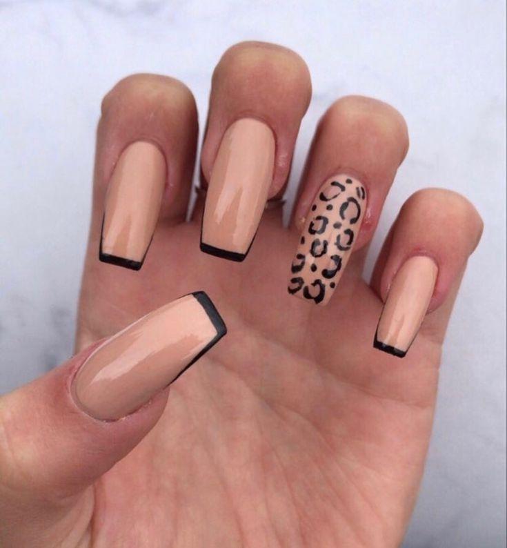 cheetah print 🐆🖤 in 2020 | Pretty acrylic nails, F