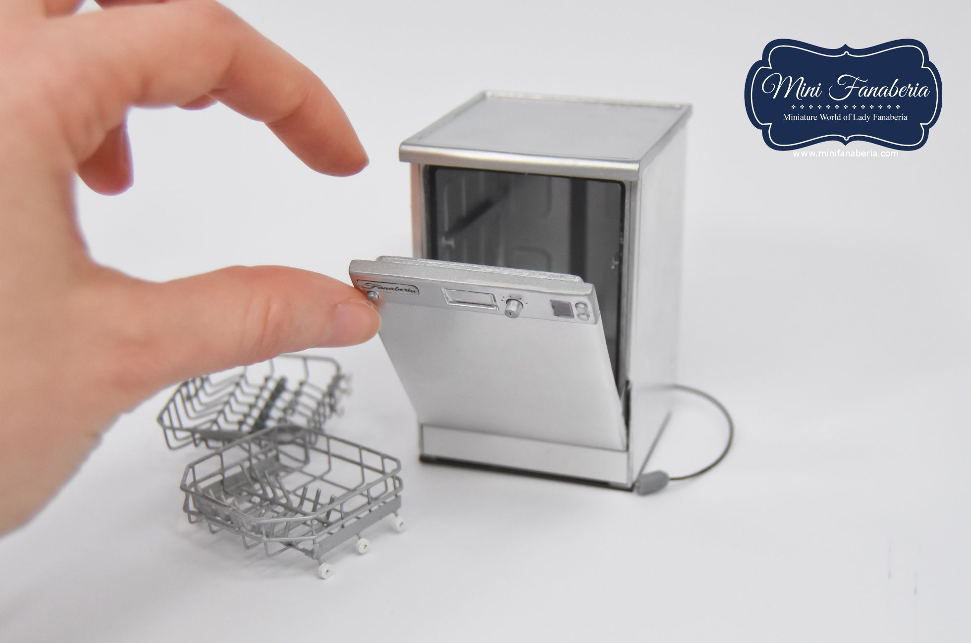 A Dishwasher With Opening Door 2 Pull Out Hand Soldering Metal Racks Metal Hinges Magnet Door Latch Me Miniatures Miniature Dollhouse Furniture Mini Roses