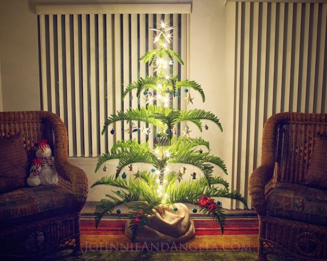 Johnnie And Angela: O Christmas Tree