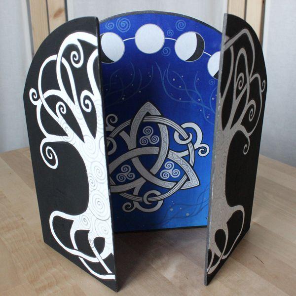 der begriff triptychon kommt aus dem griechischen und bedeutet so viel wie dreifach gefaltet. Black Bedroom Furniture Sets. Home Design Ideas