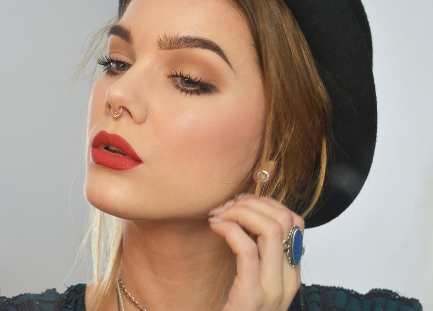 lagt makeup