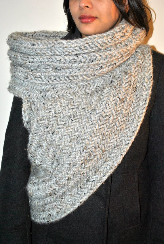 Huntress Cowl Knitting Pattern by Kysaa: Handknitted Cowl Pattern ...