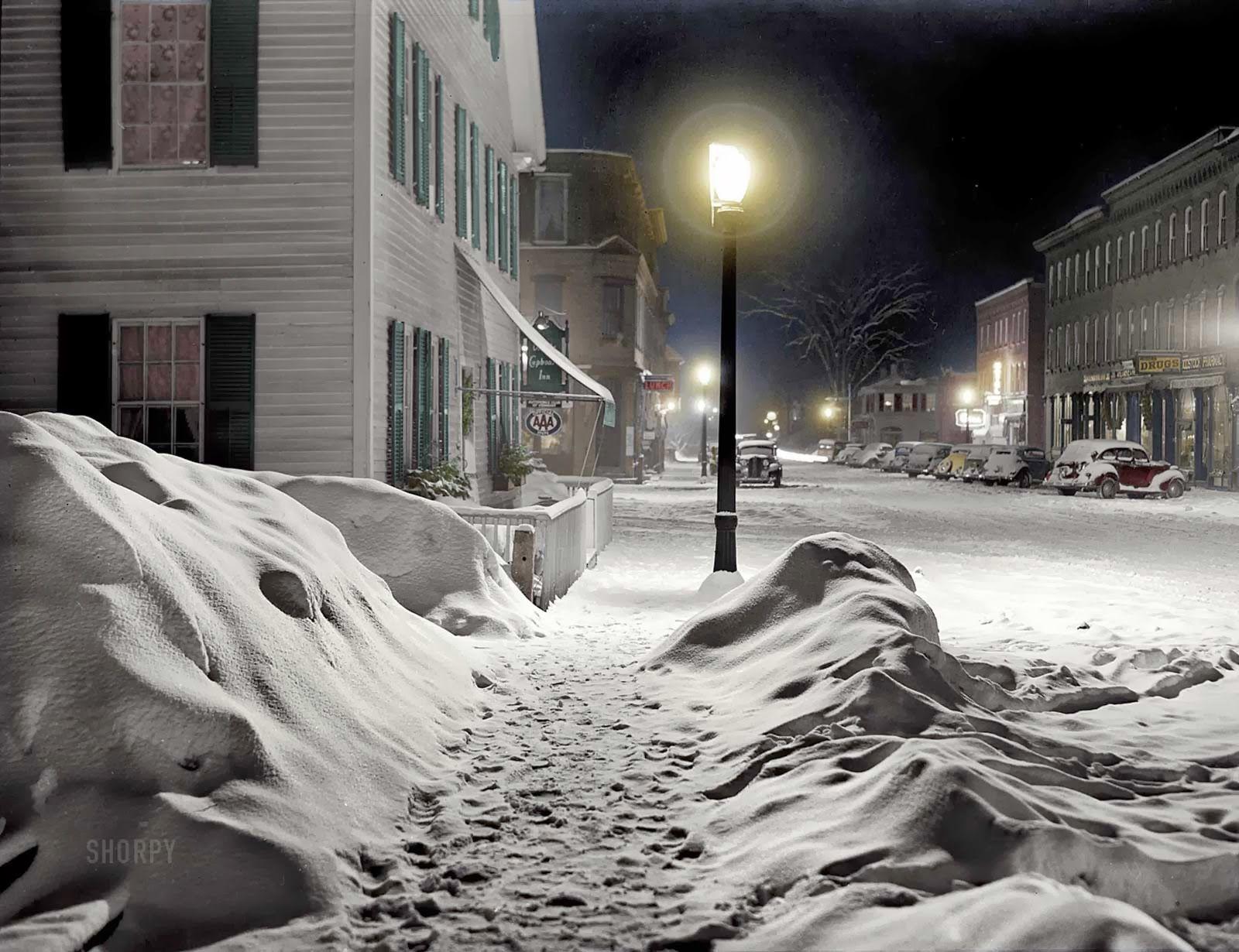Vermont Snow Scenes at Night | 1940 shorpy snow removal 1908 nyc snow man happy