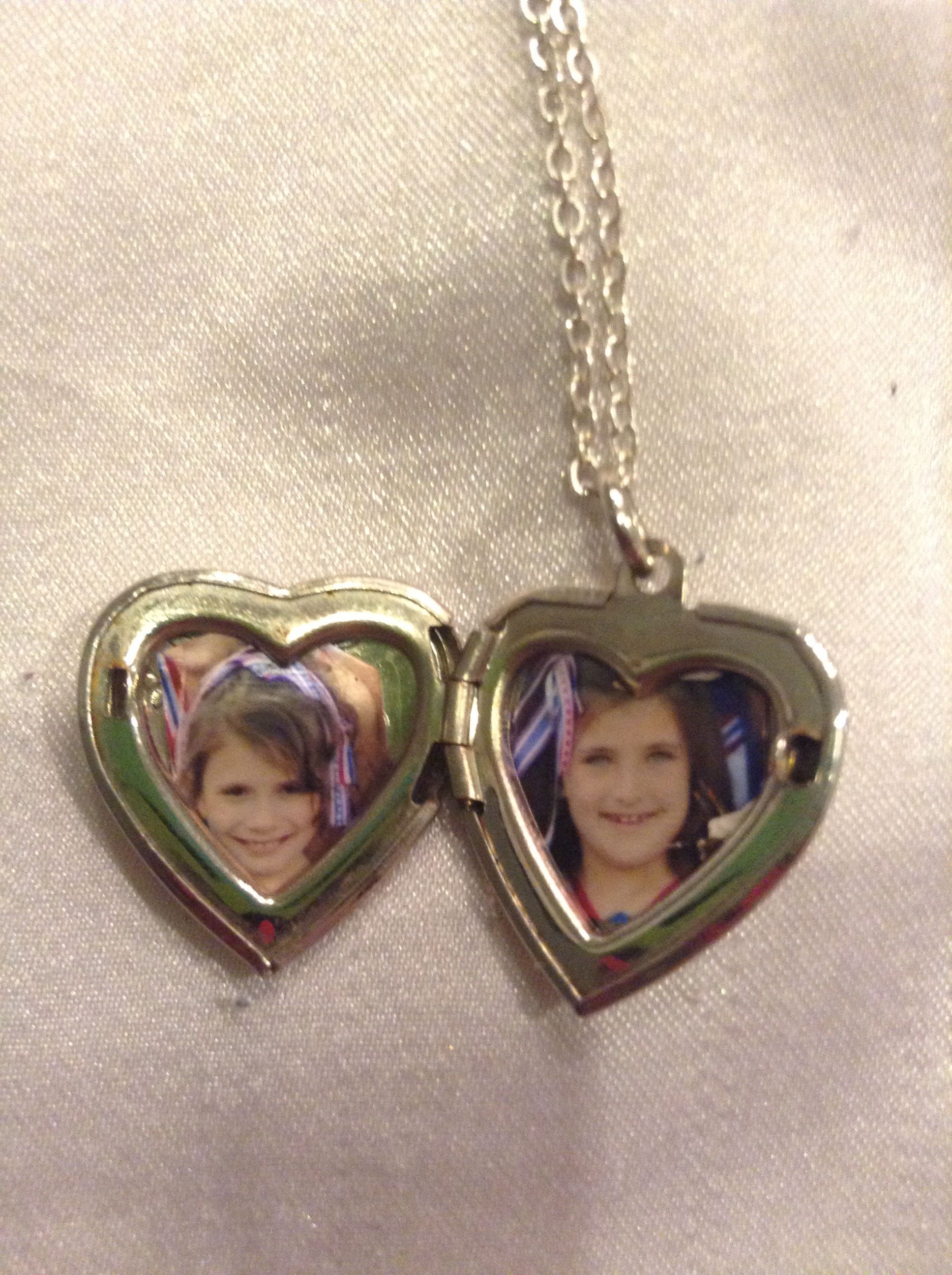 This Is A Old Locket All I Did Was Put Me And My Friends Pictures In It For Christmas Locket Friend Pictures Chain Necklace