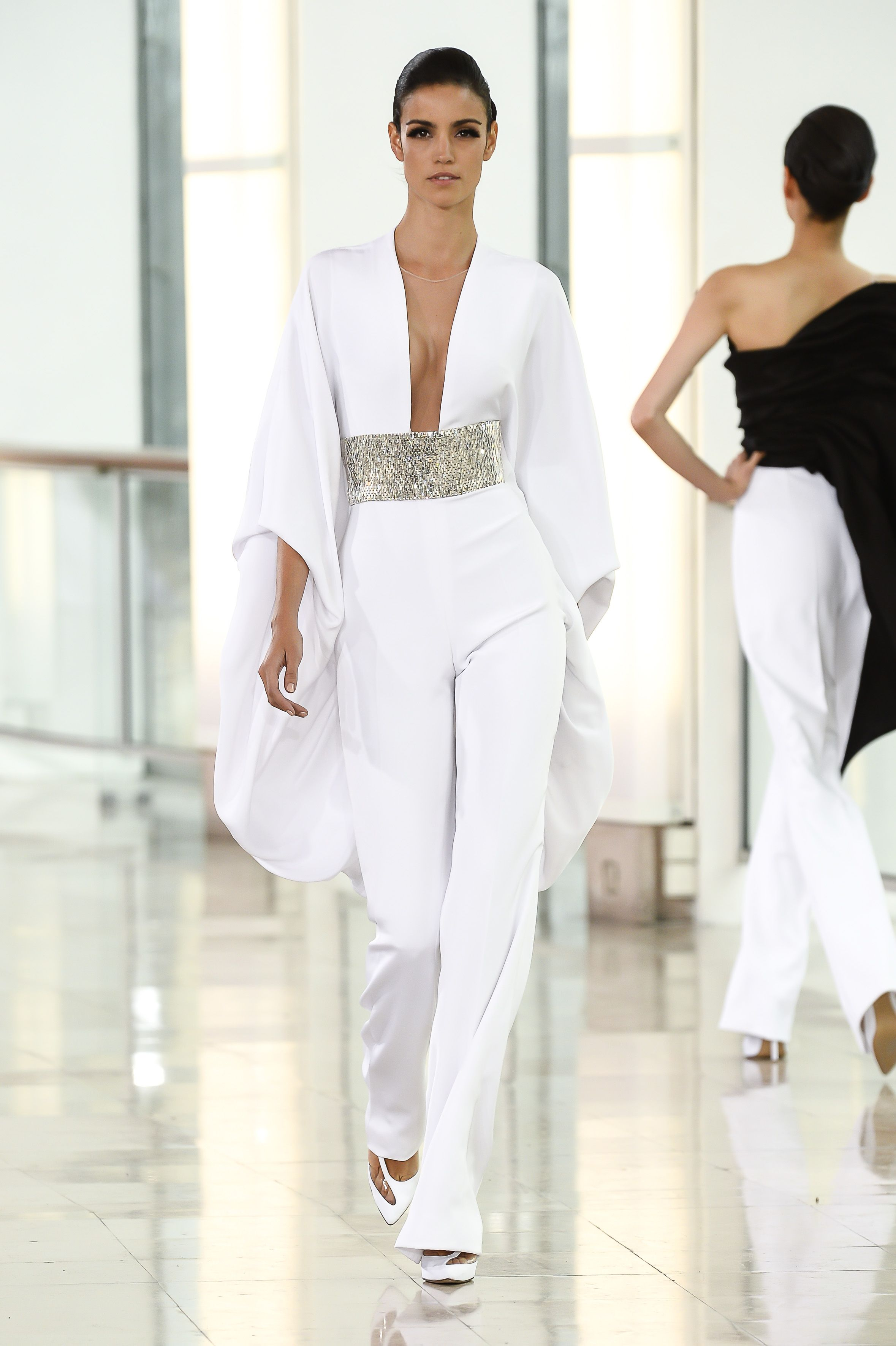 crepe pantalon blanc recherche google style haute couture robe et couture. Black Bedroom Furniture Sets. Home Design Ideas