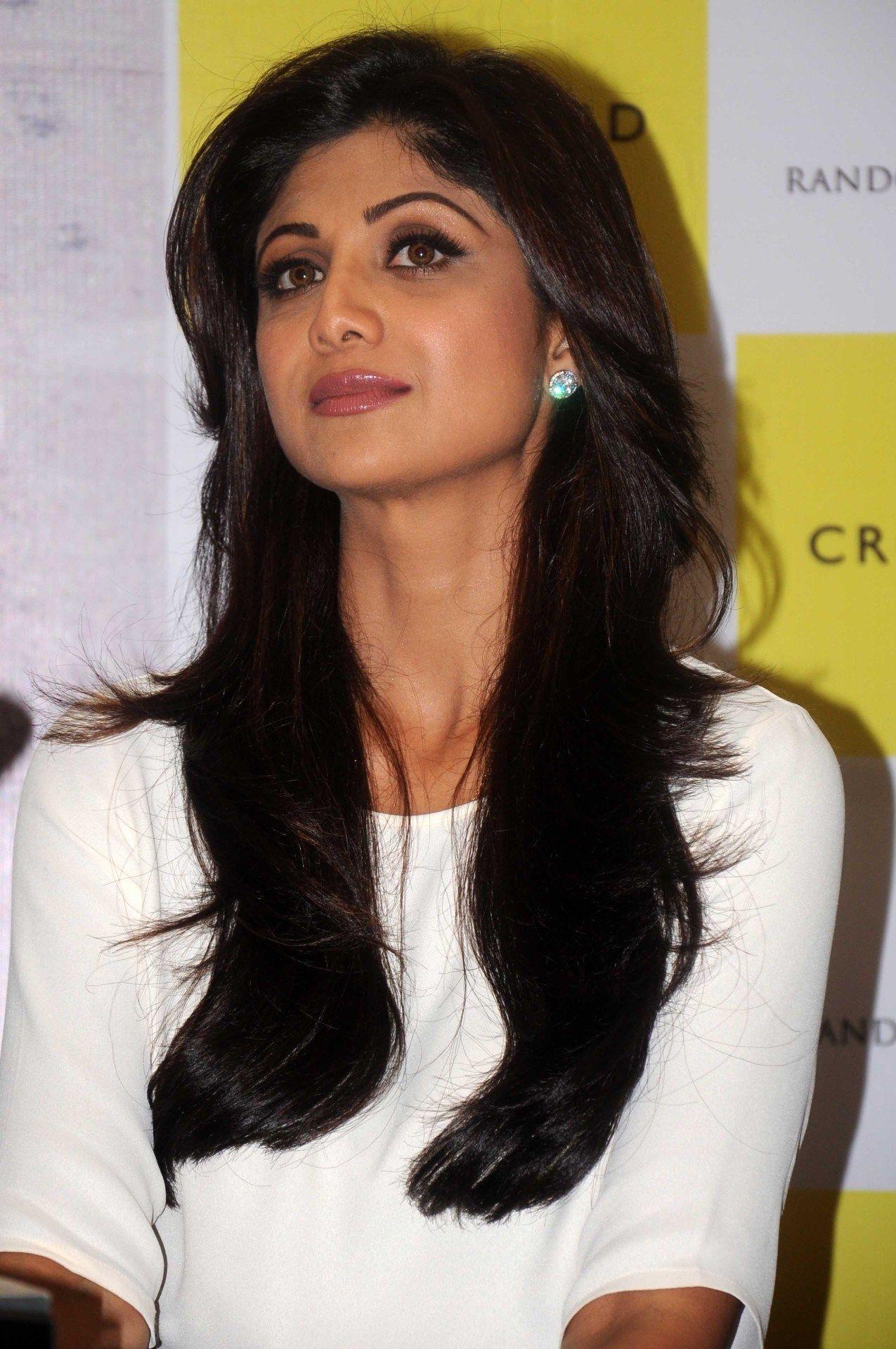 Shilpa Shetty Beauty Bollywood Hairstyles Hair Care Regimen