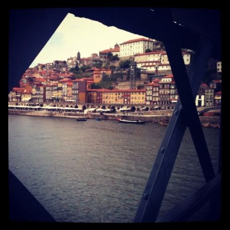 Travelling in my city: Porto, Portugal « Enjoy Living la Vida #ELLV #Porto #Portugal More photos: http://enjoylivinglavida.wordpress.com/2012/04/23/travelling-in-my-city-porto-portugal