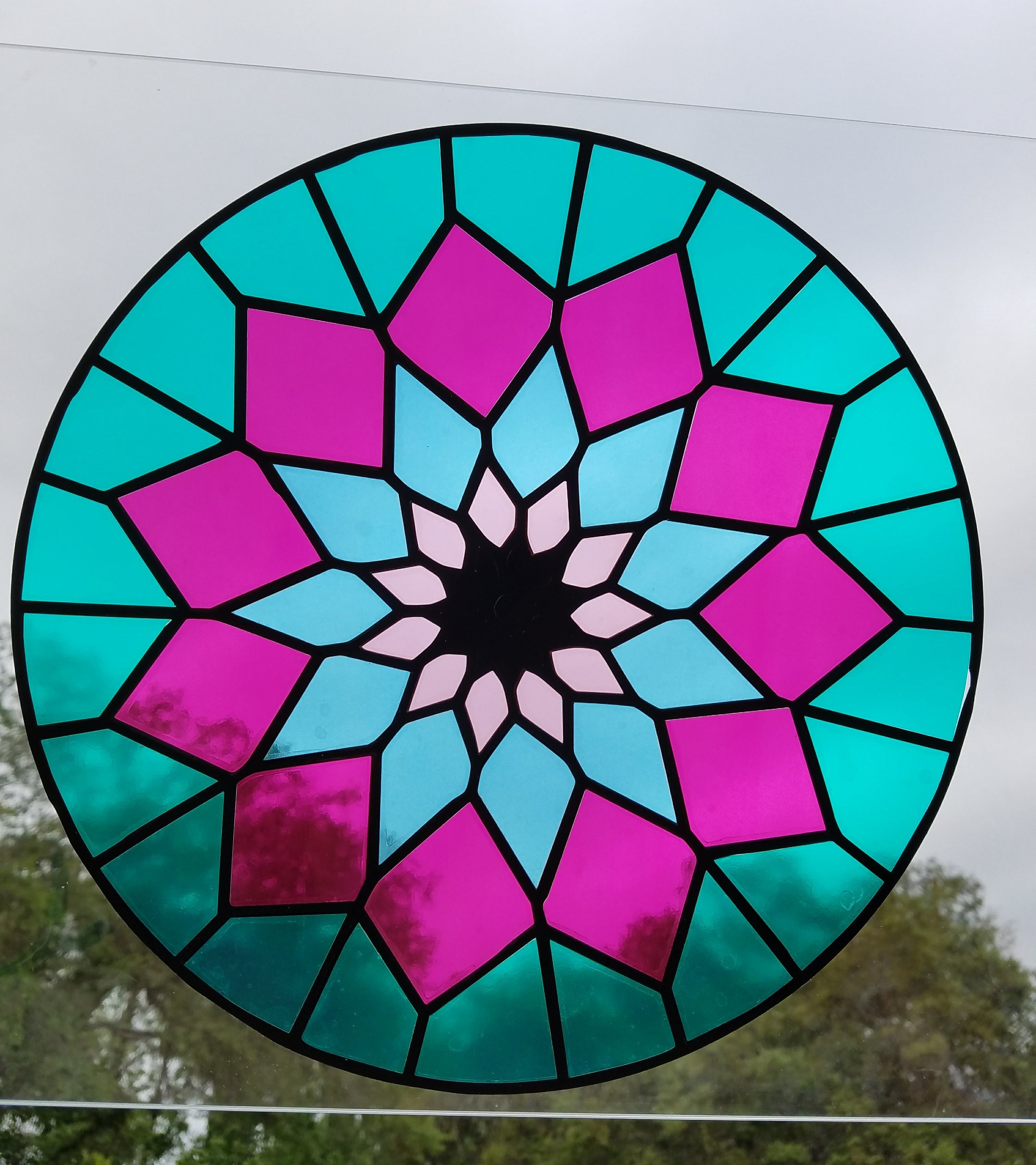Stained Glass Made With Styletechcraft Transparent Vinyl #Craftvinyl #Cricut #Cricutmade