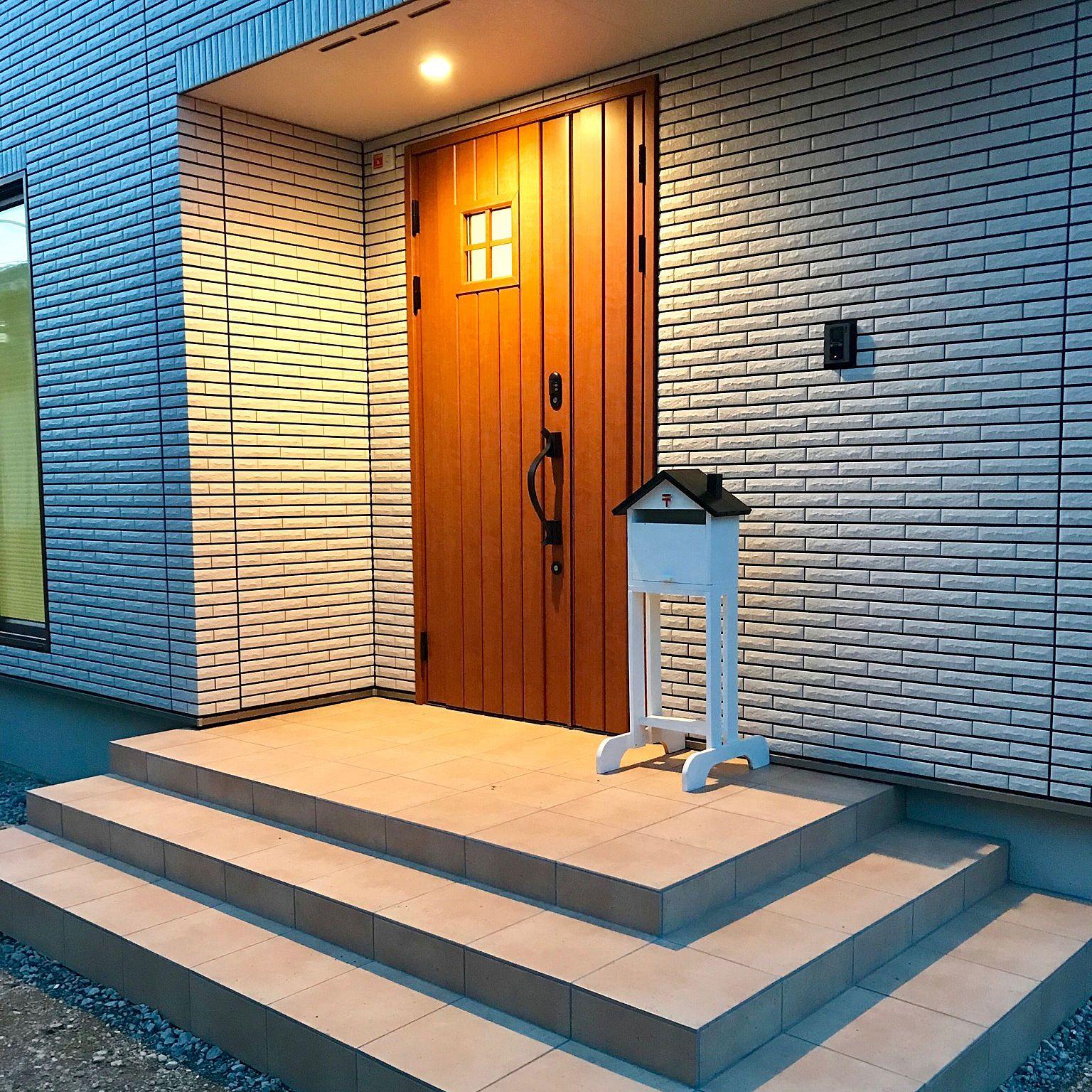 玄関 入り口 アイスマート Ismart 一条工務店 Diyのインテリア実例
