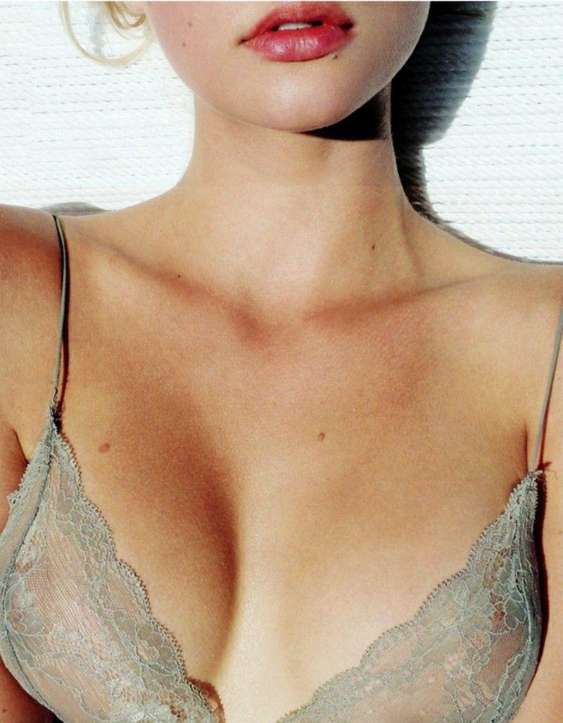 Amalie Wichmann Hot pin on chromes
