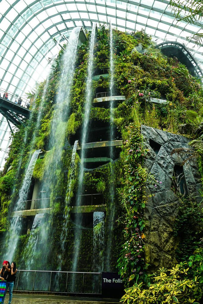 48 Hour Guide To Singapore Indoor Waterfall Waterfall Gardens