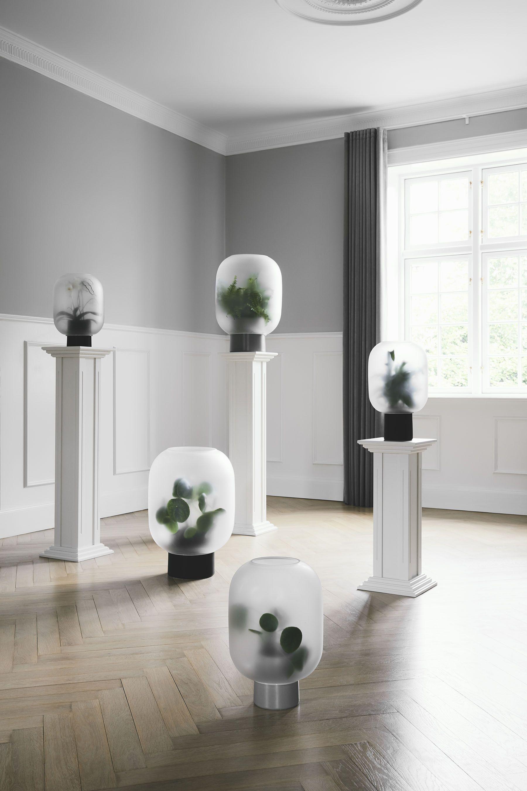 5 Planter Designs Advocating For Greener Interiors Minimalistische Einrichtung Schoner Wohnen Wohnzimmer Einrichtungsideen