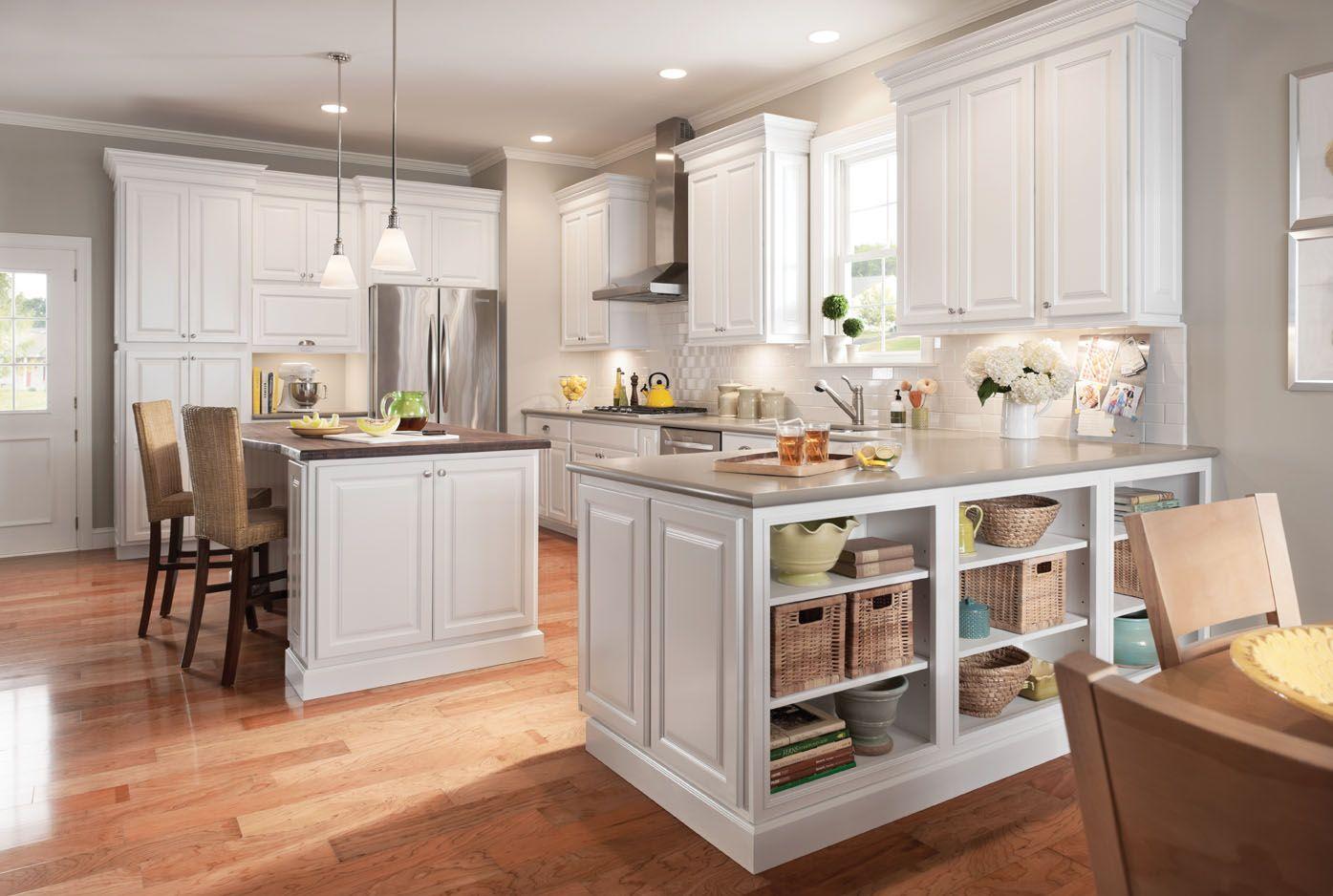 Best American Woodmark Newport Maple Linen Kitchen Design 400 x 300