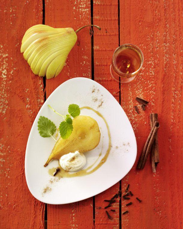 Unser beliebtes Rezept für Weinbirnen mit Joghurt und mehr als 55.000 weitere kostenlose Rezepte auf LECKER.de.
