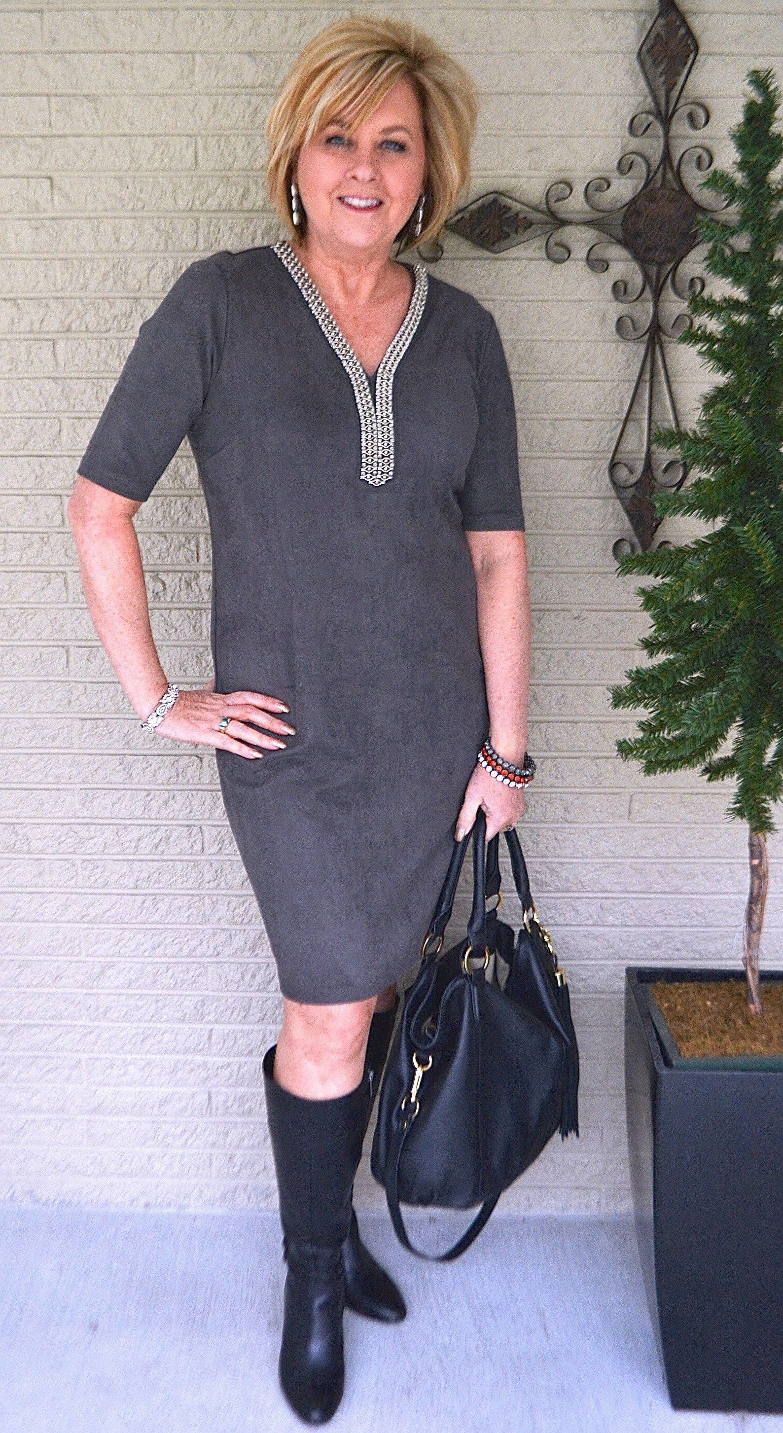 Fashion week How to stylish look over 50 for lady