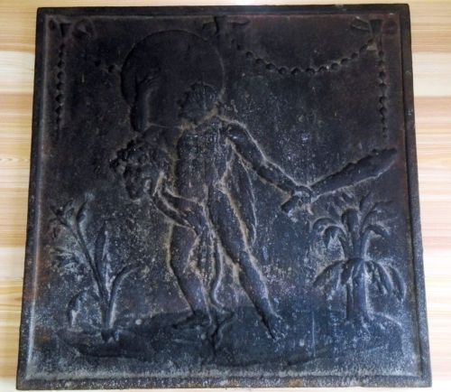 Ancienne Plaque De Cheminee En Fonte Xviiie Siecle Allegorie D