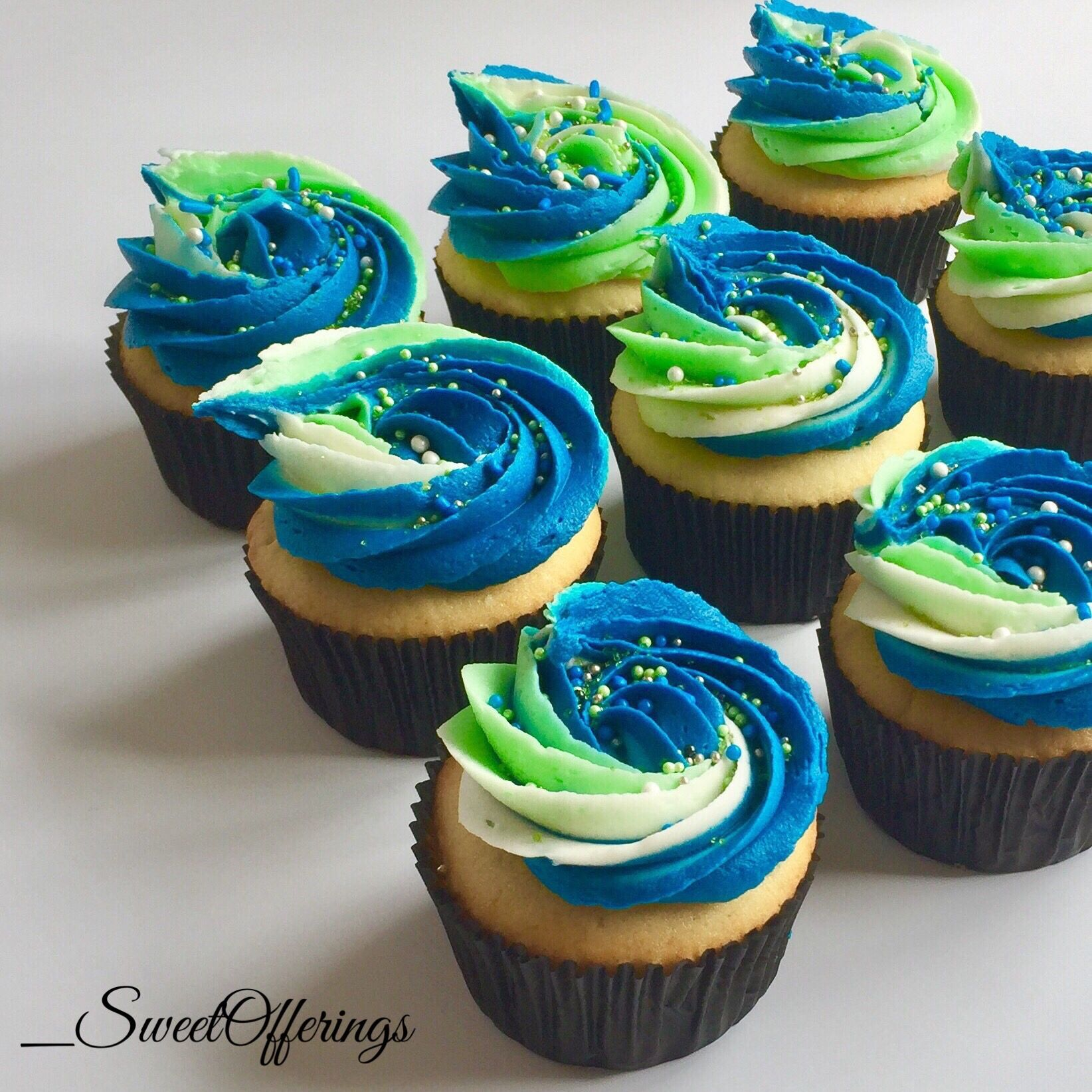 Marvelous Vanilla Cupcakes Blue And Green Cupcakes Sprinkles Birthday Party Funny Birthday Cards Online Bapapcheapnameinfo