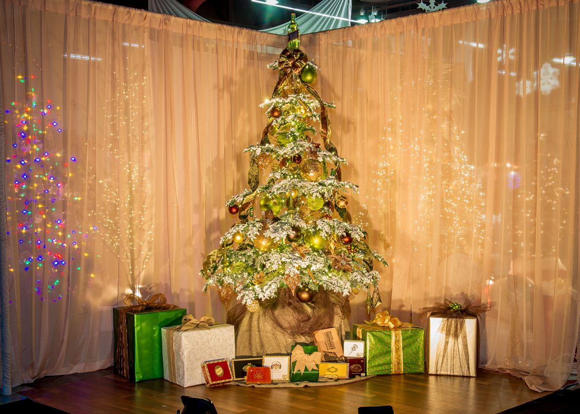tree 17 tree name scotch cigars sponsor al festival of trees