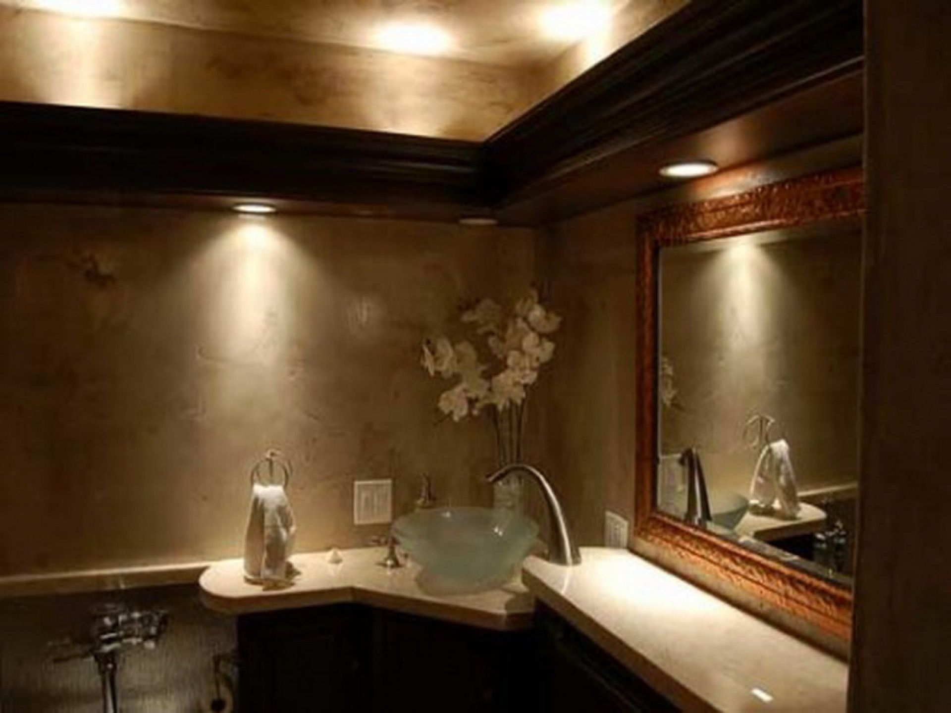 Rechte Sichtbare Sichtbare Leuchte Bad Licht Luftung In 2020 Badezimmerbeleuchtung Badezimmer Licht Schlafzimmer Wandspiegel