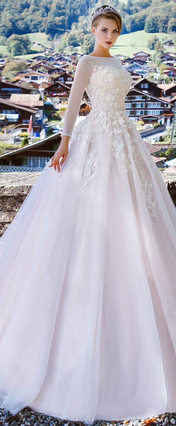A line tulle wedding dress  Graceful Tulle Bateau Neckline Aline Wedding Dress With Lace