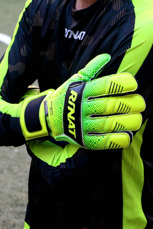 mitad de descuento fina artesanía último descuento Rinat Kancerbero Quantum Pro | glove | Guantes de fútbol ...