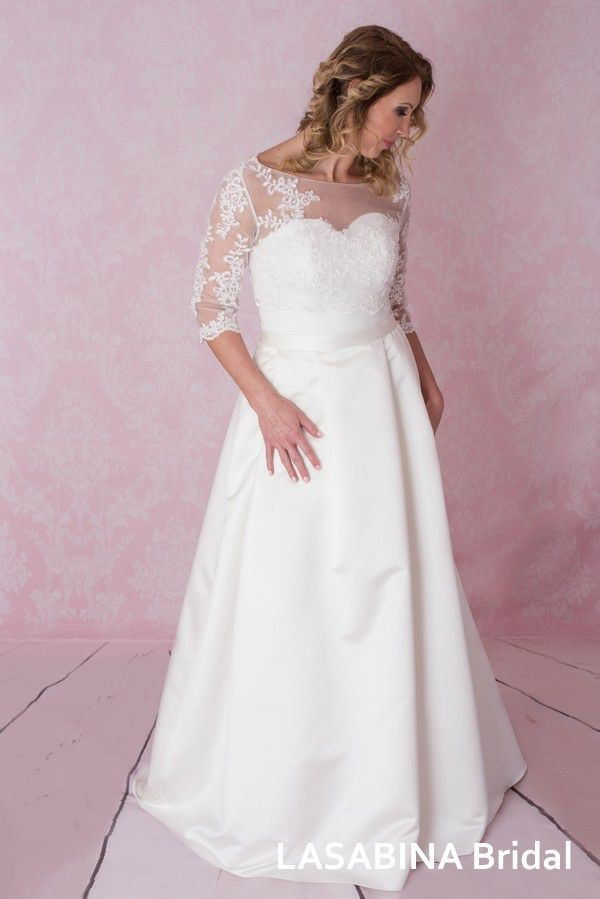 Vintage plus size wedding dress FREE bolero by LaSabinaBridal on ...