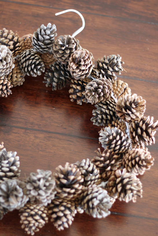 Pine cone wreath glue pony bead on and thread onto wire for How to paint pine cones for christmas