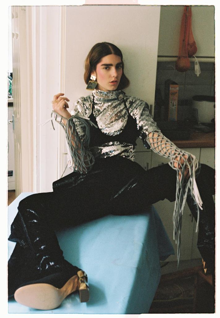 Photographer: Ronan Mckenzie Stylist: Jonathan Johnson #FashionEditorials
