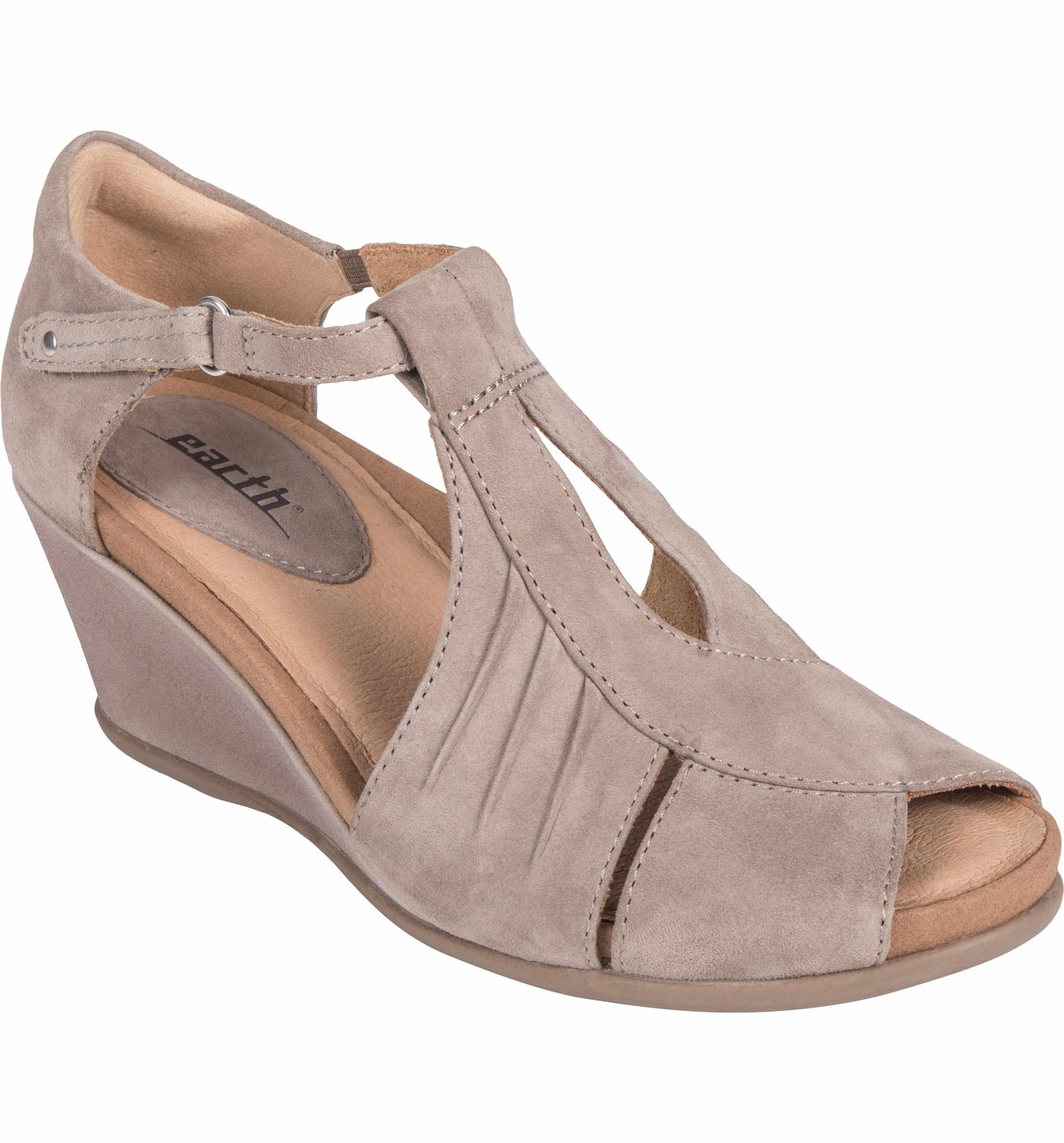 Earth Women's Earth Primrose Wedge Sandal