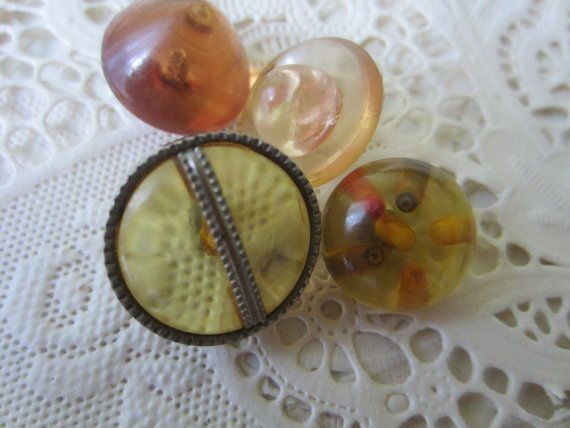 Vintage Buttons  Unique 1950's mix of Lucite by pillowtalkswf, $4.95
