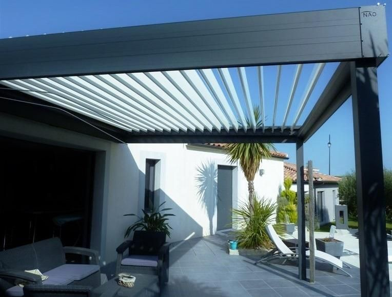pergola bioclimatique pergola aluminium pergola lames orientables jardin pinterest. Black Bedroom Furniture Sets. Home Design Ideas