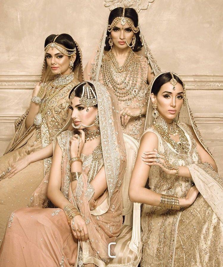 Wedding Entourage Hairstyle: Beautiful Pakistani Dresses, Indian