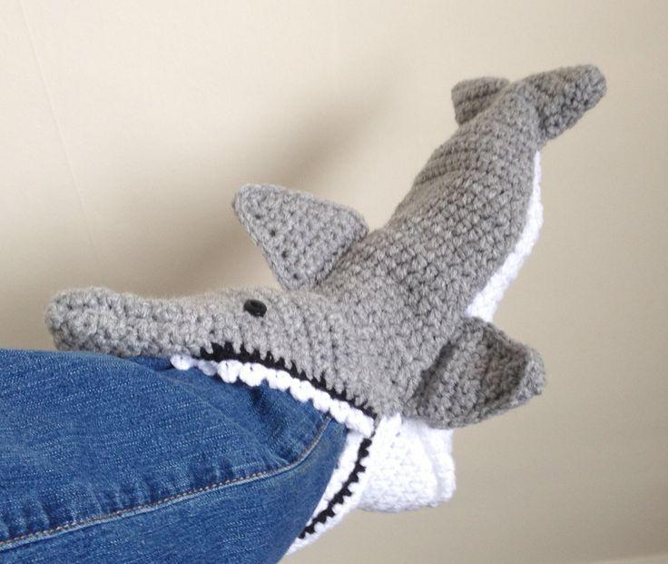 5 Free Patterns for Crochet Shark Slippers | Guide ...