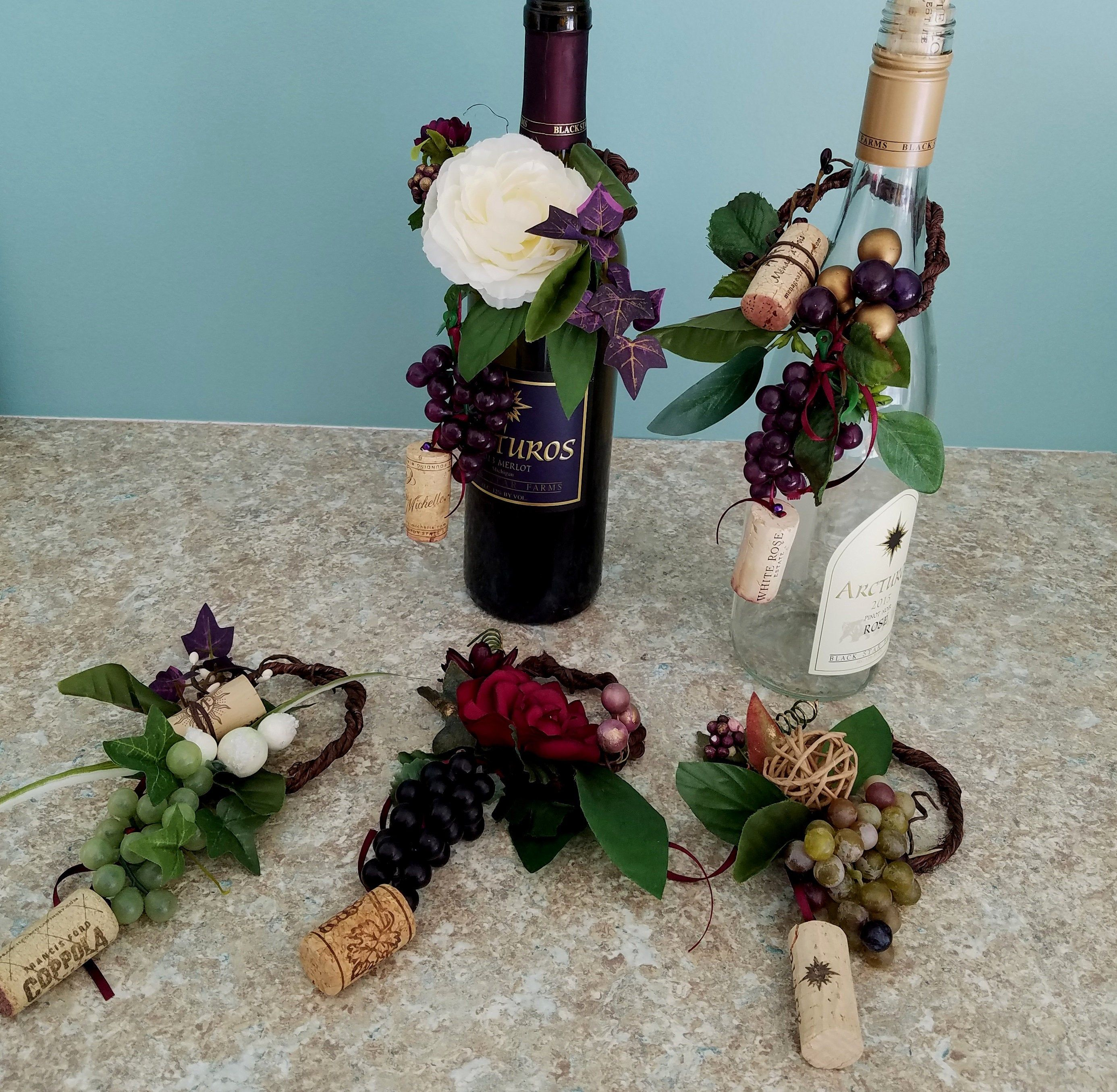 Event Centerpieces Favors Wine Bottle Toppers Set Of 4