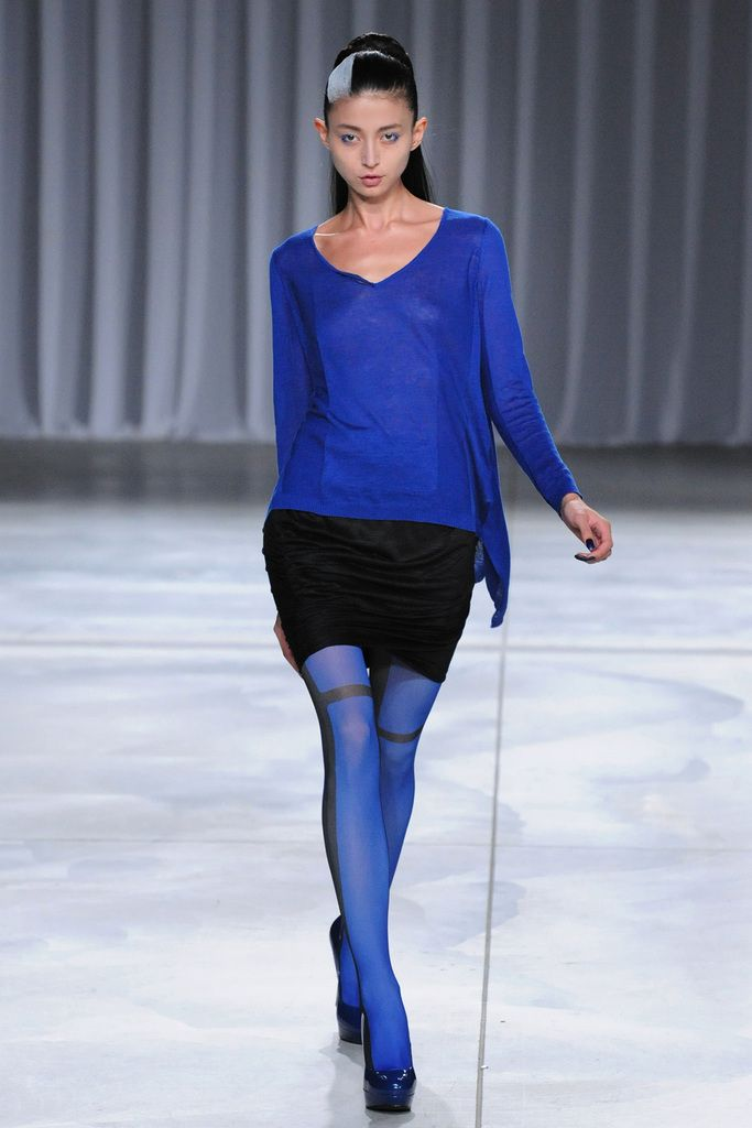 Yasutoshi Ezumi Spring 2013 Ready-to-Wear Collection Slideshow on Style.com
