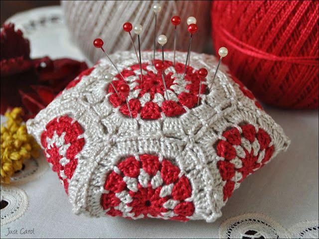 Hexagon Pincushion | Crochet | Pinterest | Alfileteros y Tejido