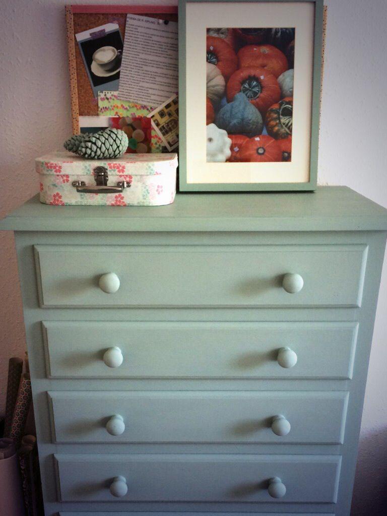 Mueble pintado con chalk paint verde vintage pinceladas for Chalk paint muebles ikea