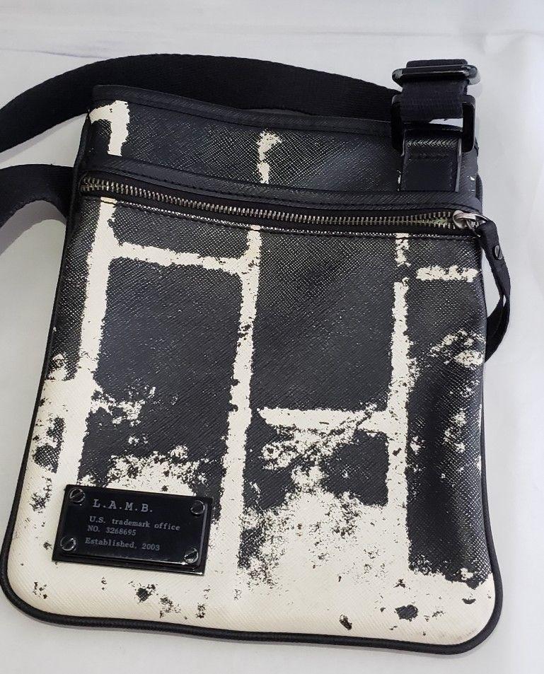 L A M B By Gwen Stefani Green Ombre Patent Leather Crossbody Purse Bag Lamb Crossbody Leather Crossbody Purse Purses Crossbody Shoulder Purse