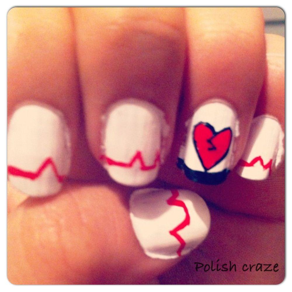 Emo heart nails. | Nails | Pinterest | Manicuras, Tatuajes y Belleza