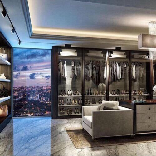 Luxury Home And Closet Image