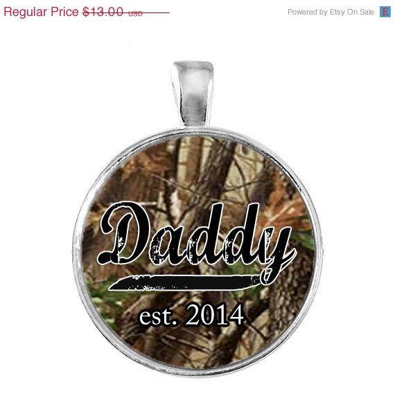 ON SALE Daddy Est. 2014 Keychain on Etsy, $11.70