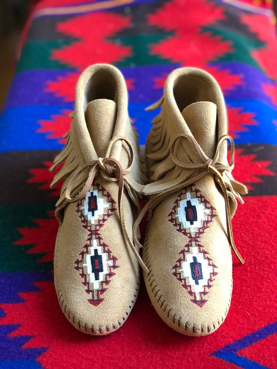 4a26b13c03698 Custom Hand-Painted Wedding Bridal Shoes Native American Inspired ...
