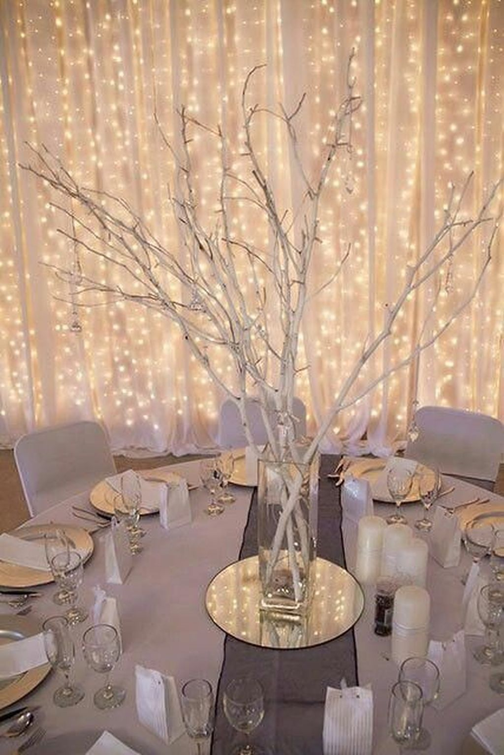 42 Beautiful Winter Wonderland Lighting Ideas For Outdoor And Indoor Decor Homyhomee Winter Wedding Decorations Wedding Themes Winter Diy Winter Wedding