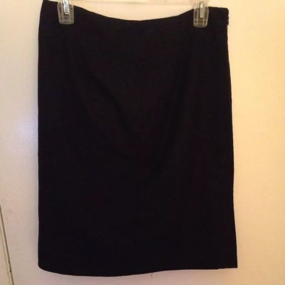 Black DressBarn Pencil Skirt, Size 6 Black pencil skirt. Size 6. Manufactured by DressBarn. Made in China. Fabric is a polyester blend. Zipper is on the side. It has previously been worn, but it is in great condition. Dress Barn Skirts Pencil