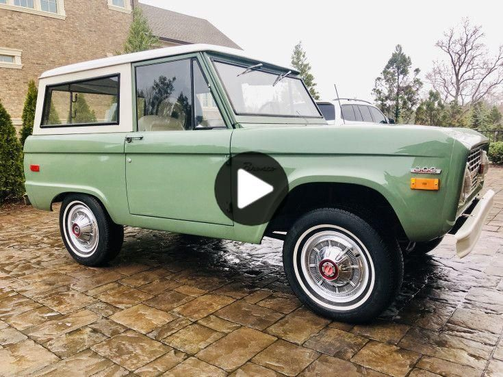 Vintage Bronco Mint Green Google Search With Images Ford