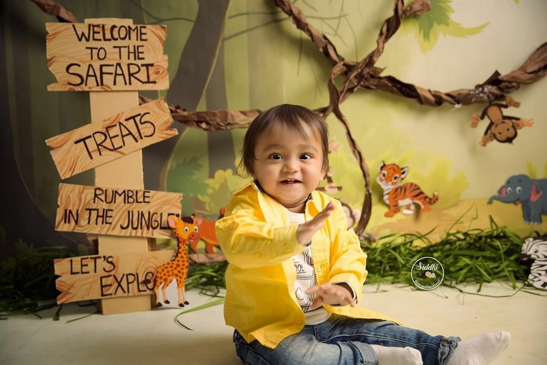Brighter than Star!  Toddler Photo Shoot by Siddhi Baby Photography - The Fine Art Studio in Rajkot, Gujarat.  www.SiddhiBabyPhotography.in . . . . #safaritheme #kidsphotographystudio #ilovekids #babiesbabiesbabies #kidsholic #babylove #cute