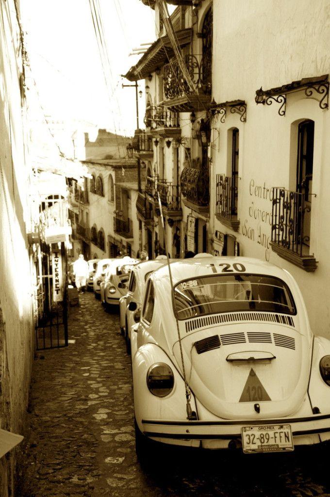 """""""Taxi!  Taxco, Mexico"""""""