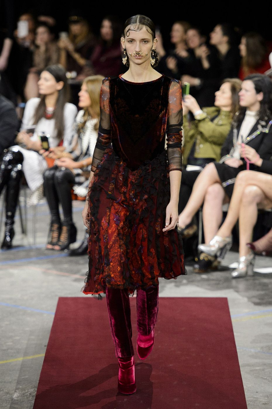 Givenchy - Fall 2015 Ready-to-Wear by Riccardo Tisci