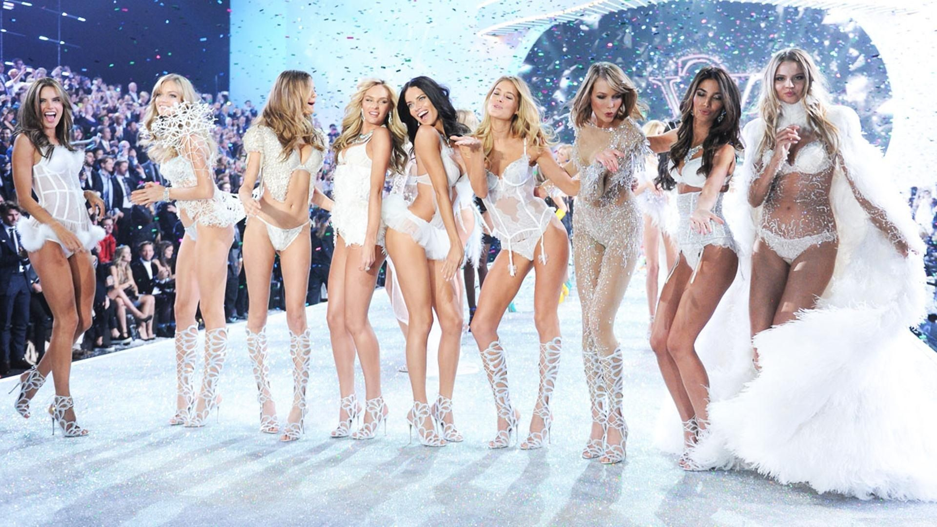 Victoria S Secret Fashion Show 2014 Wallpapers Victoria Secret Fashion Show Victorias Secret Models Victoria Secret Show