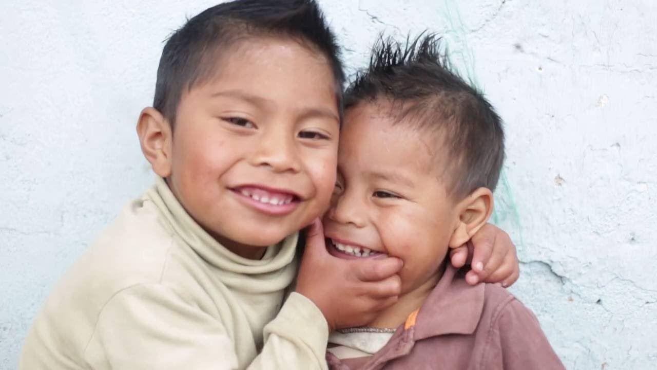 Los hermanos-  Manos de Salvación